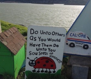 Hand-painted sign at Gold Beach